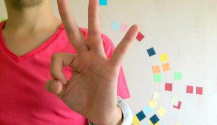 Психология языка жестов