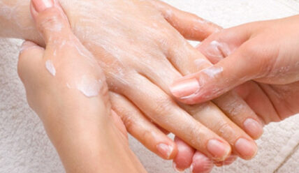 Сделай свои руки мягкими и молодыми менее, чем за 1 минуту! Результат 100%