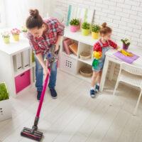 9 лайфхаков, которые сэкономят вам время уборки