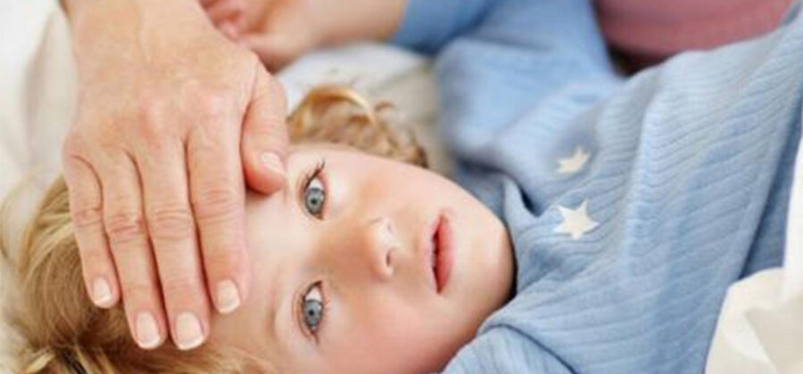 Что можно и что нельзя делать при высокой температуре у ребенка: 7 золотых правил