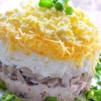 Салат «грибы под шубой». Это что-то новое!