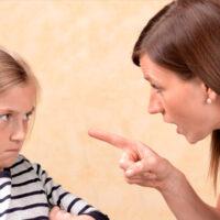 Как избавиться от вредной привычки повышать голос на ребенка