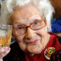 15 советов, которые помогут дожить до 100 лет. Секрет долголетия наконец-то открыт!