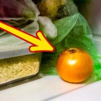 Хозяйка положила в холодильник 2 луковицы. Узнав зачем, следую этому трюку безоговорочно!